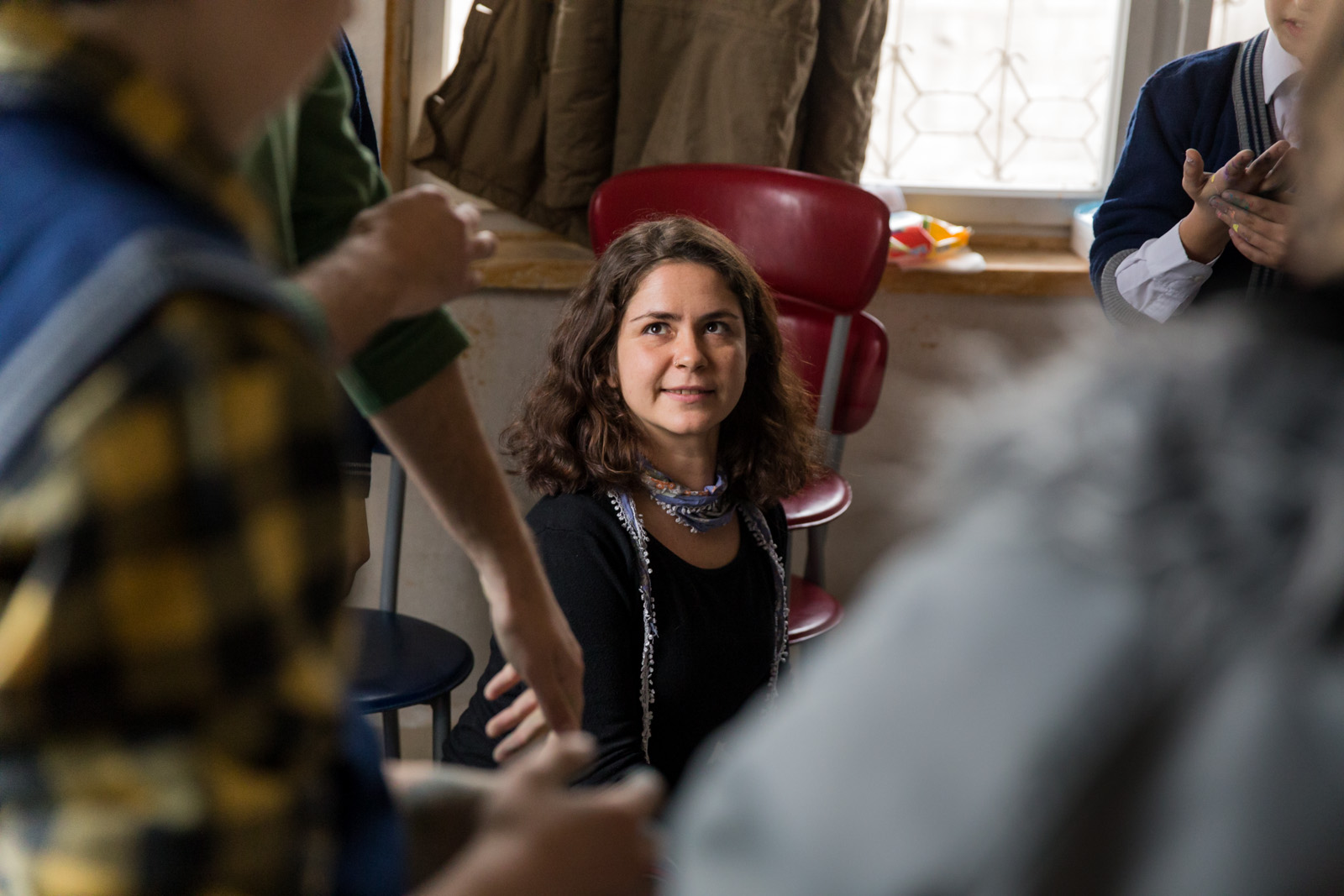Ezgi during an art therapy session at a Syrian school in Kahramanmaras, by Mieke Strand